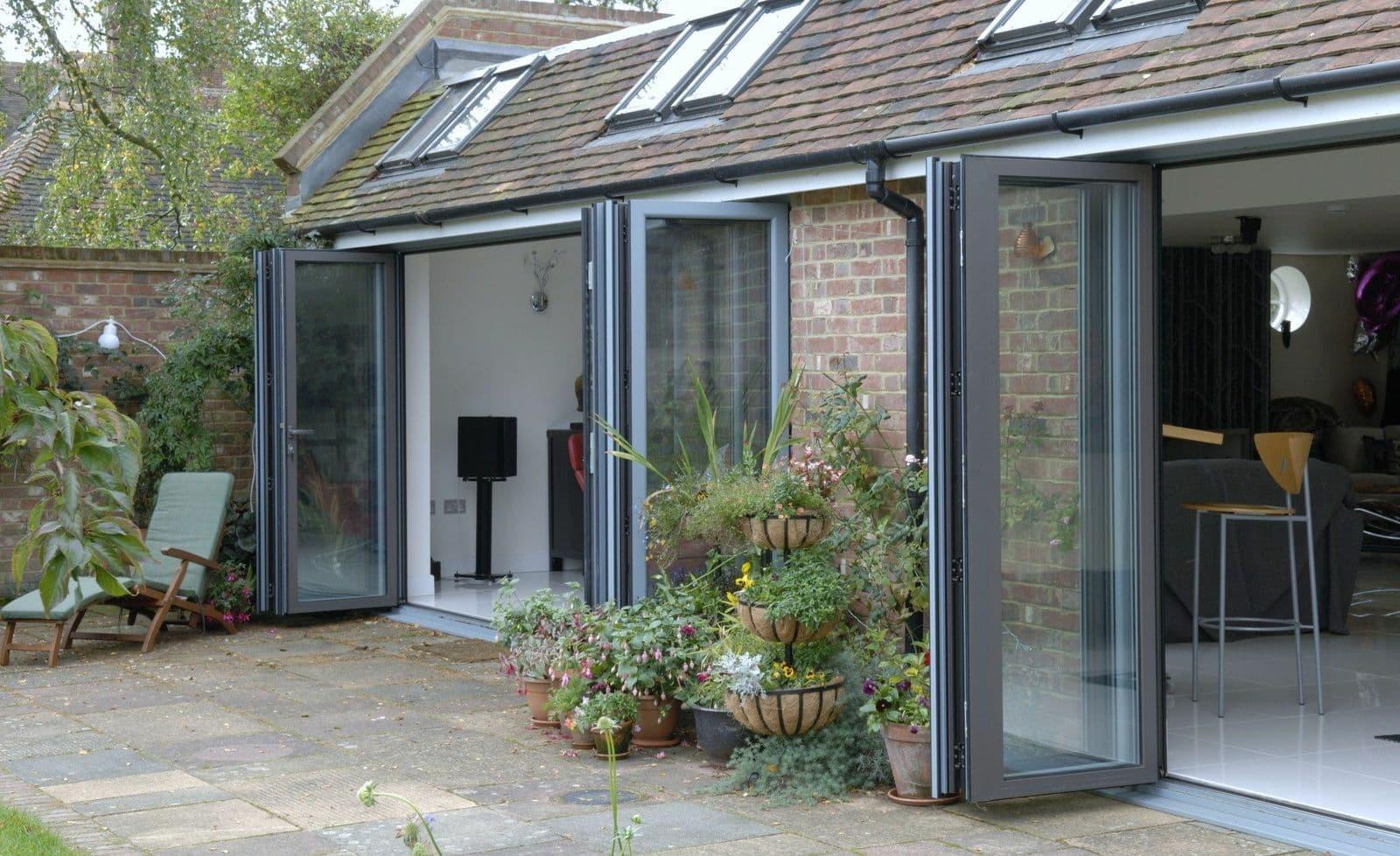 aluminium bi-fold doors rochester kent